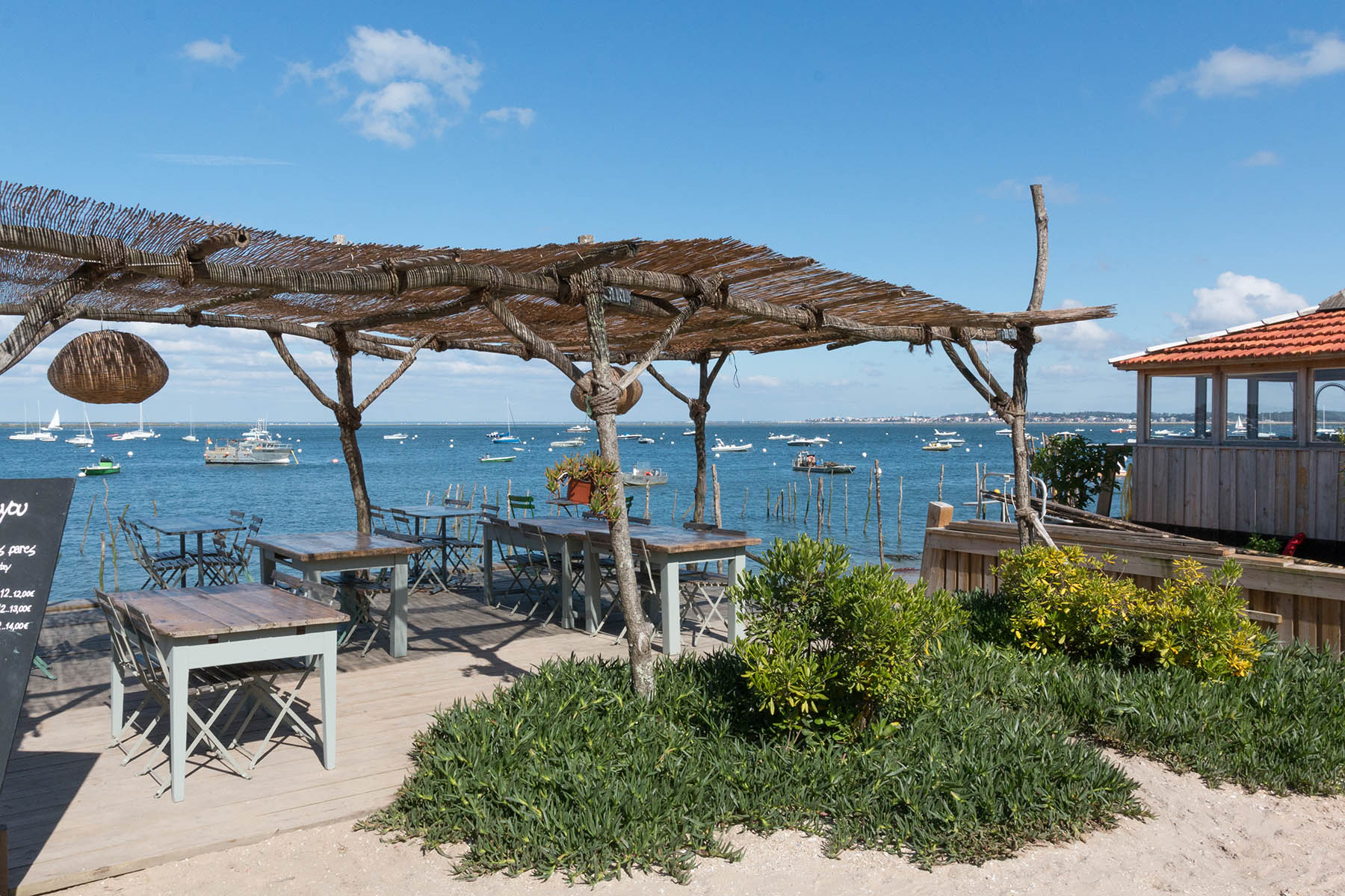 Plage de l 39 herbe au cap ferret localisation photos - Office du tourisme de lege cap ferret ...