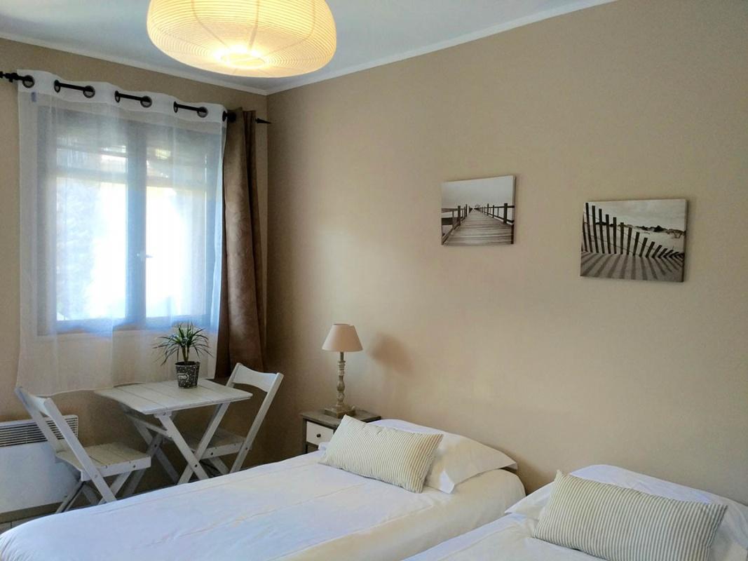 l 39 oc ane cap ferret chambre d 39 h tes et appartement louer cap ferret. Black Bedroom Furniture Sets. Home Design Ideas