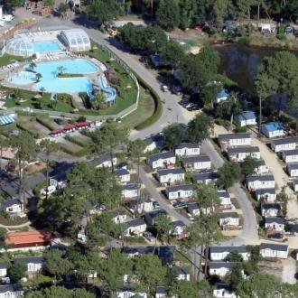 Vue aérienne du camping les Viviers au Cap Ferret