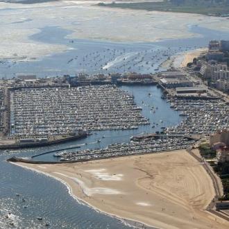 Vue aérienne sur le port d'Arachon