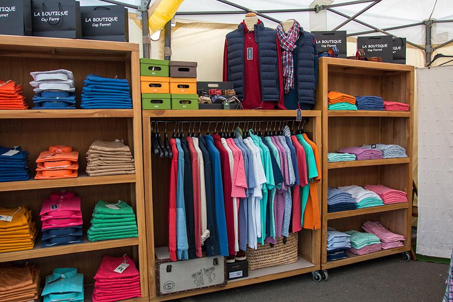 Retrouvez en ligne la nouvelle collection Automne Hiver de vêtements Homme, Femme et Enfants. Uniqlo vous propose une gamme de vêtements à vivre sur la boutique Uniqlo FR! (Retours gratuits en relais colis en cas de problème!).