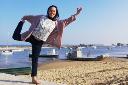 Portrait de Emilie professeure de yoga sur la presqu'ile du Cap Ferret