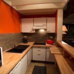 Cuisine de l'appartement à louer au Cap Ferret