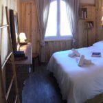Chambre cosy de l'hôtel le Caillebotis à Lège Cap Ferret