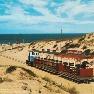 Carte postale ancienne du petit train du Cap Ferret - Collection Ferretdavant 7/9