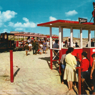 Carte postale ancienne du petit train du Cap Ferret - Collection Ferretdavant 9/9