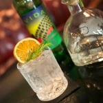 Coktail au bar le Tchanqué de la Maison du Bassin