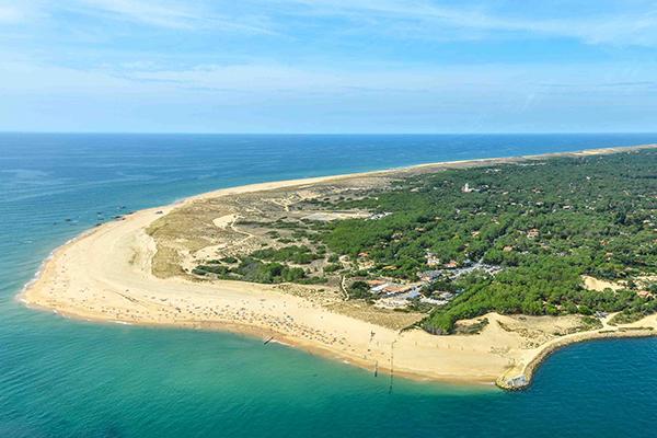 Vue aérienne de la plage de la Pointe au Cap Ferret